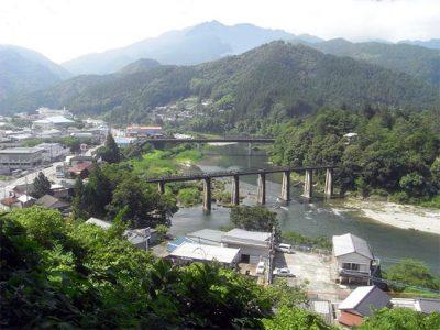 本山町全景